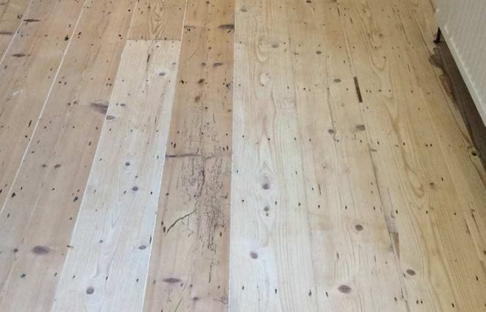 Repair stain and varnish of a wood floor Dublin 8