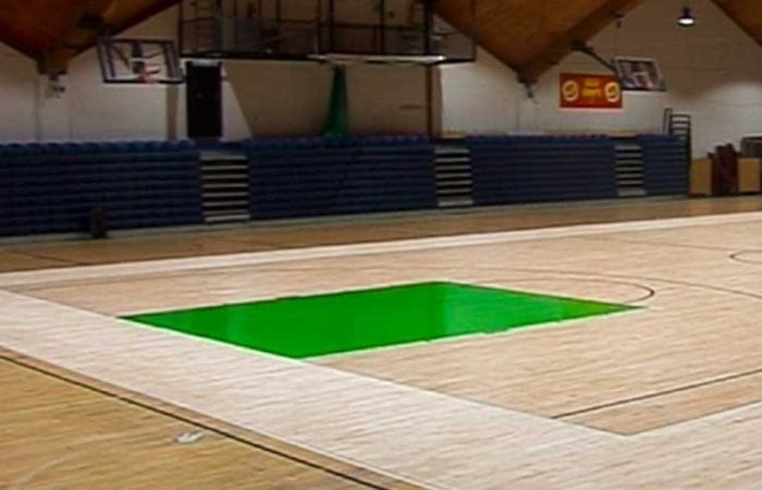 Sand and varnish school gyms and sports halls like the national Basket ball arena 7