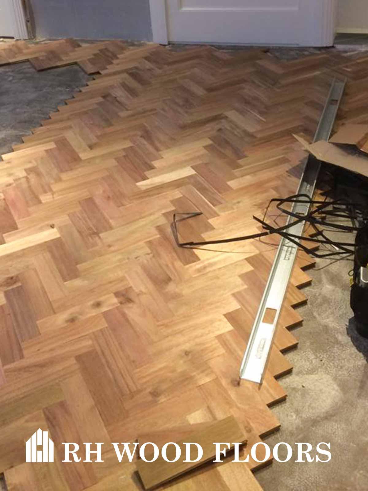 Dylan hotel parquet install Rh Wood Floors
