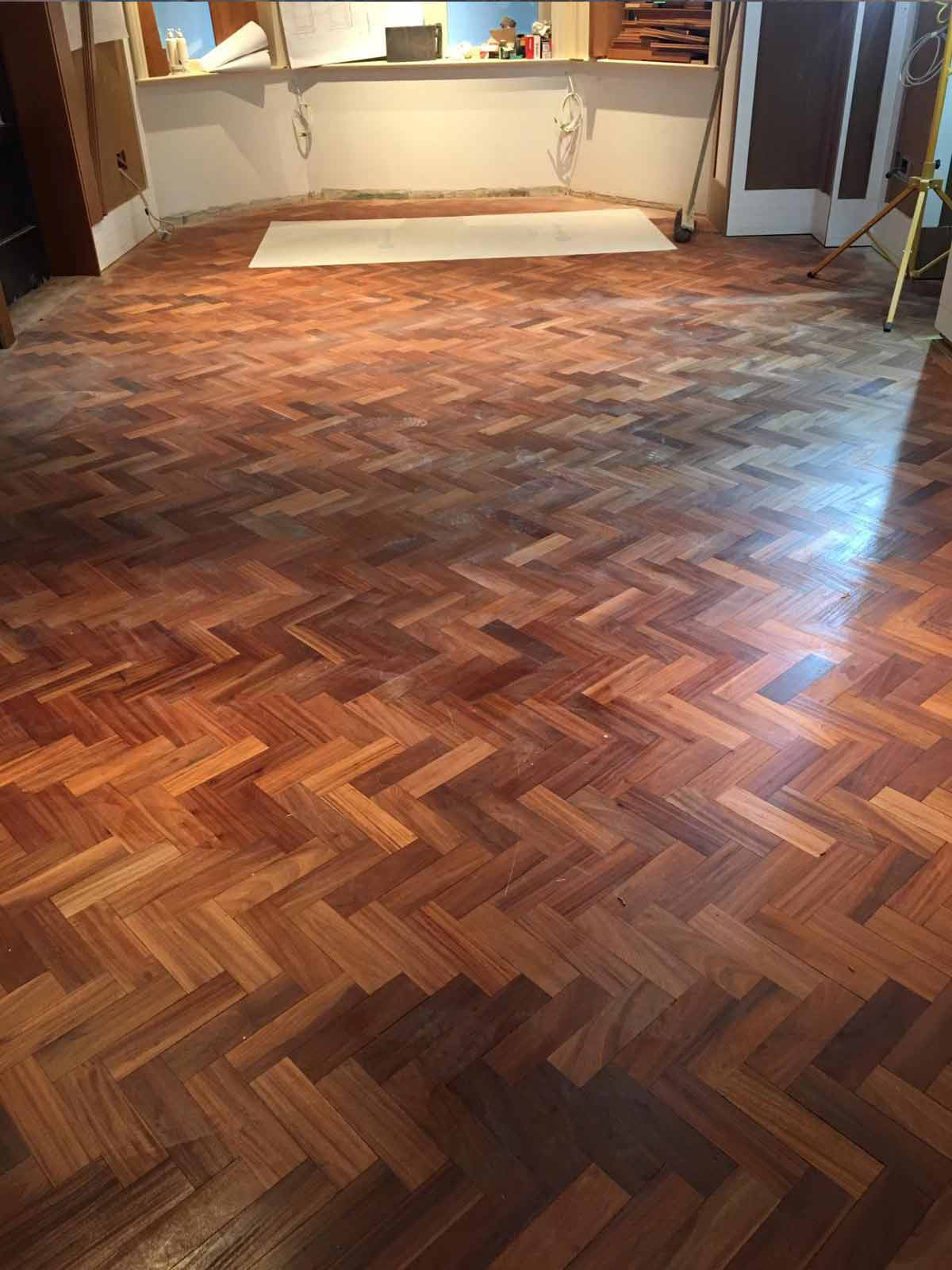 Parquet sanded in Dylan hotel d7